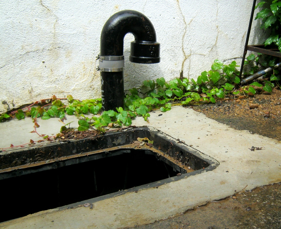 Find sewer trap or locate house for drain cleaning