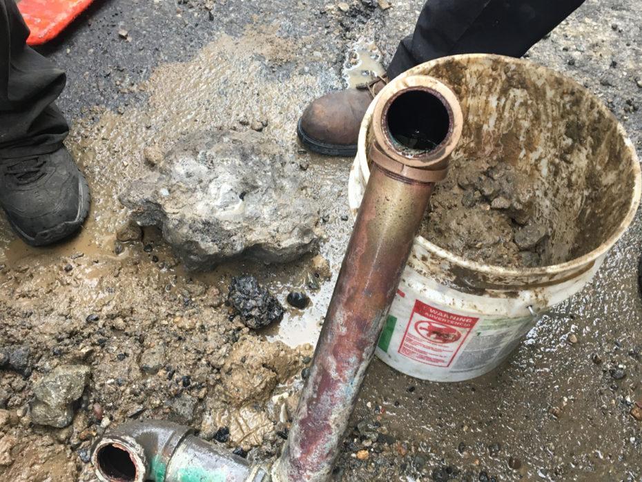 Manhattan water main repair