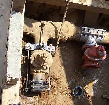 Defective wet connection valve