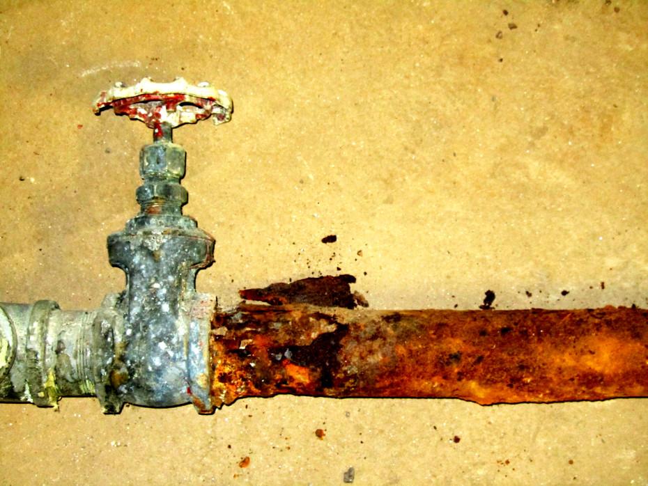 galvanized water main