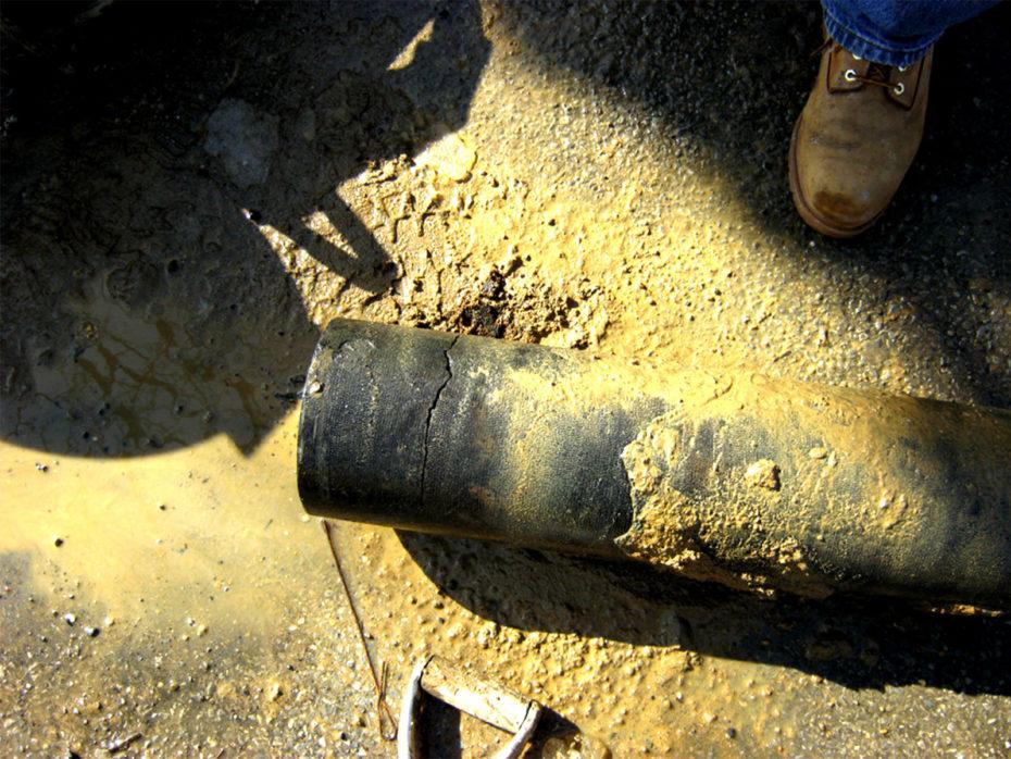 broken undergound pipe