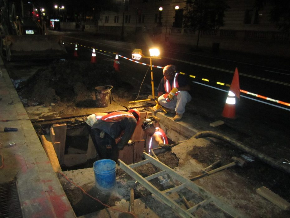 water main and sewer contractors