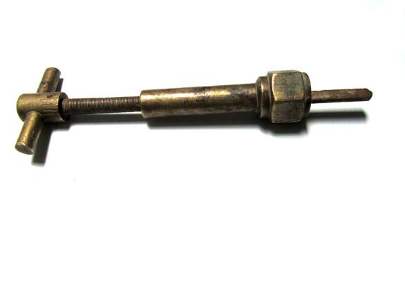 water main tool