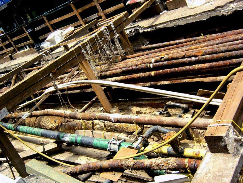 Working Underground Complexity